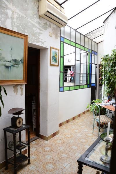 ph en san telmo de 5 ambientes con terraza propia. sin  expensas