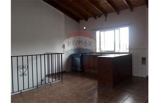ph en venta 2 amb 1er piso con patio exc ubicacion