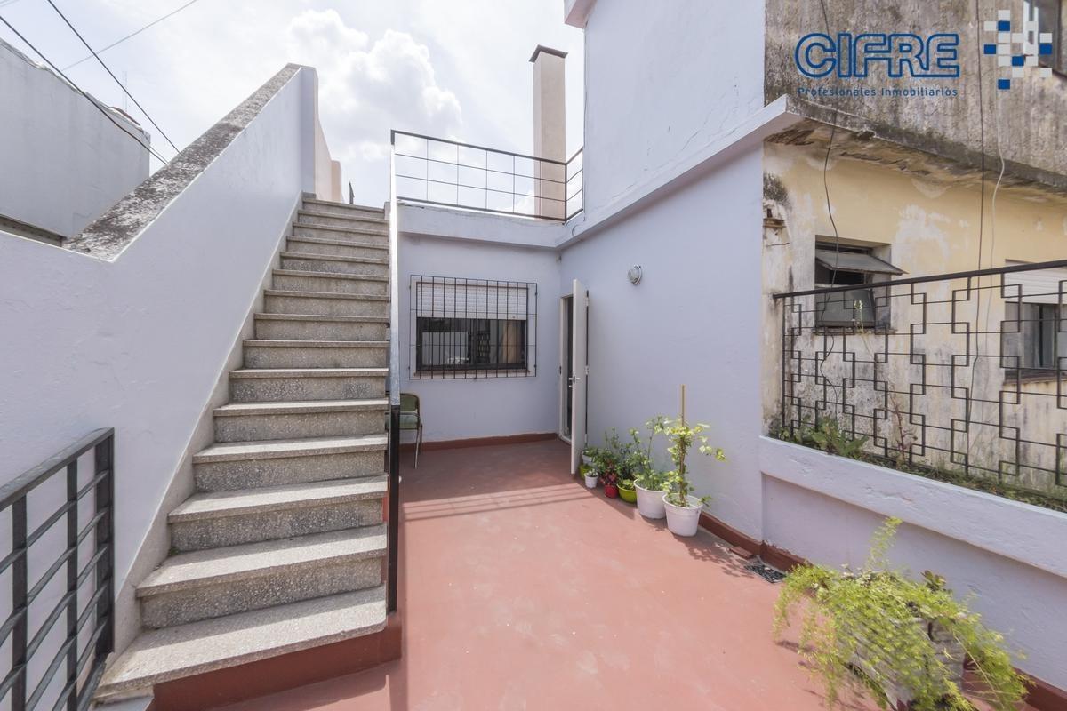 ph en venta 3 ambientes grande balcon patio terraza parrilla
