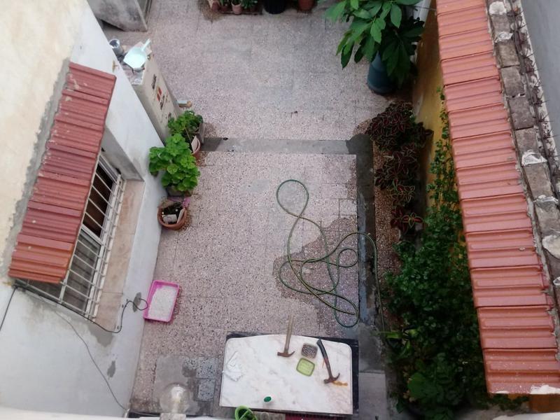 ph en venta, coghlan - nuñez, con terraza al frente.