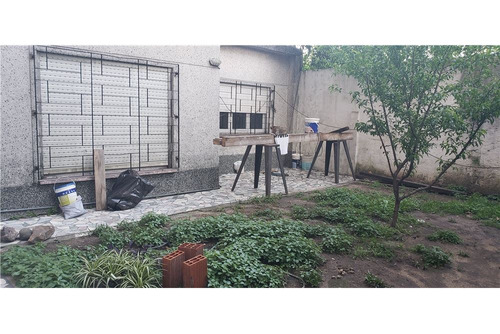 ph en venta con jardín y patio! para actualizar