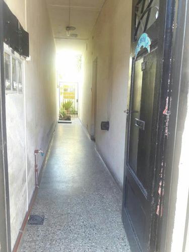 ph en venta de 4 ambientes  al frente en villa luzuriaga