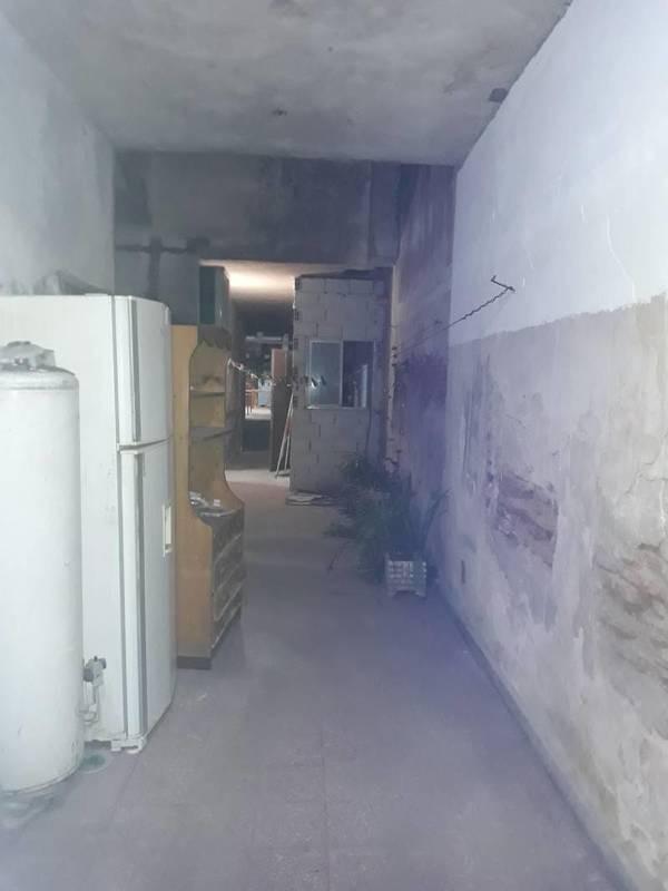 ph en venta de 4 ambientes en planta baja al frente ( a refaccionar)
