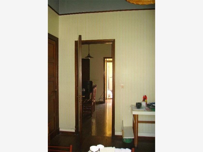 ph en venta. la plata. 7 dorm. ideal hostel/pensión.
