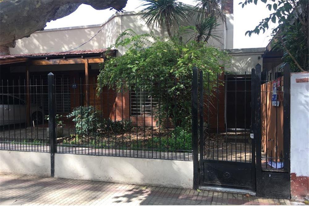 ph en venta villa ballester 2 ambientes y patio pb
