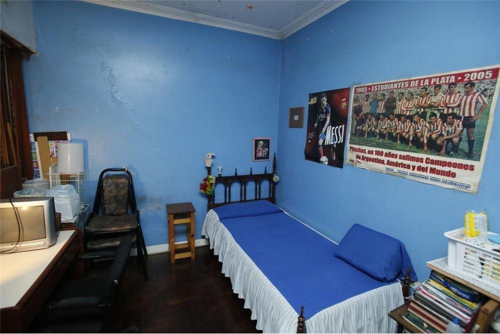 ph interno zona facultades / 2 dormis + 2 patios