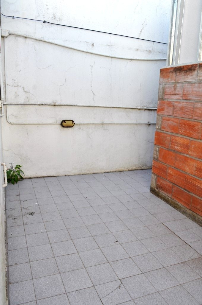 ph monoambiente con patio. sin gastos