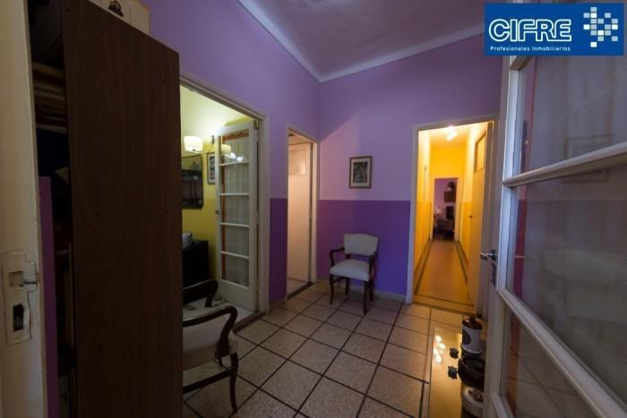 ph multifamiliar. 3 y 2 ambientes sin expensas patio terraza y parrilla