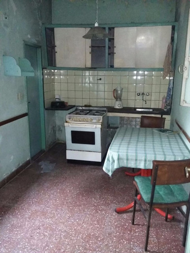 ph piso único al frente en venta en lanus este    (095)