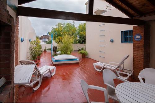 ph sin expensas con terraza en villa luro