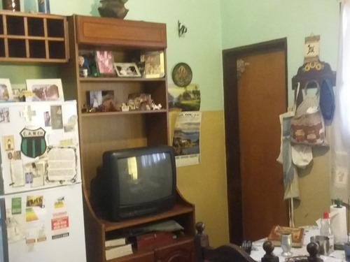 p.h. tipo casa 3 ambientes al frente