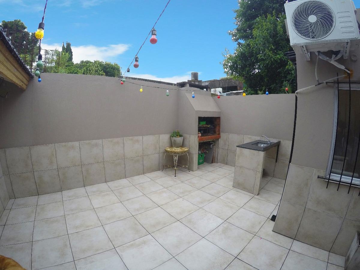 ph tipo casa 4 amb con patio
