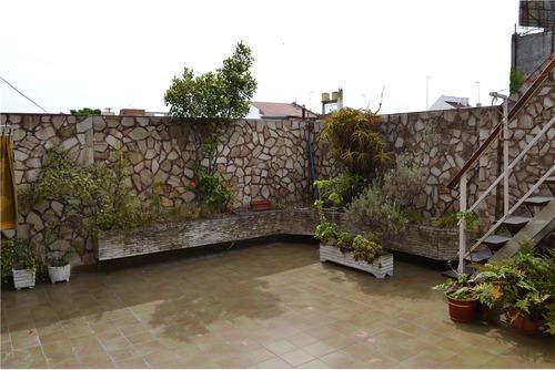 ph tipo casa con patio y terraza - flores