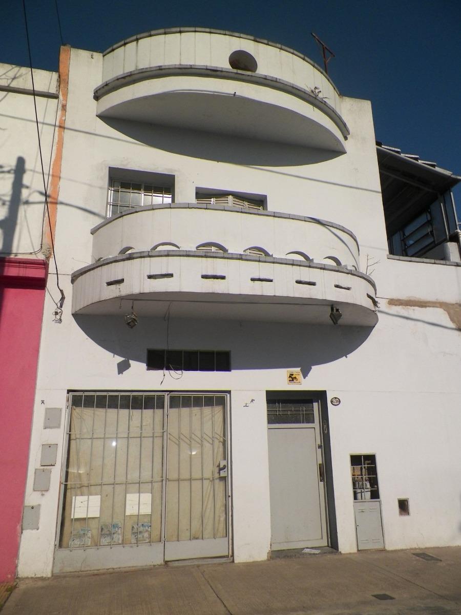 ph tipo casa venta con terraza y local financia permuta