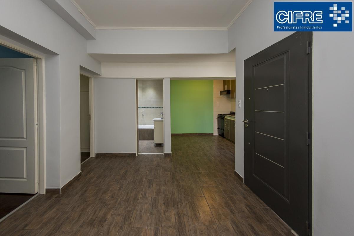 ph venta 3 ambientes lateral, entrada compartida por pasillo, con patio