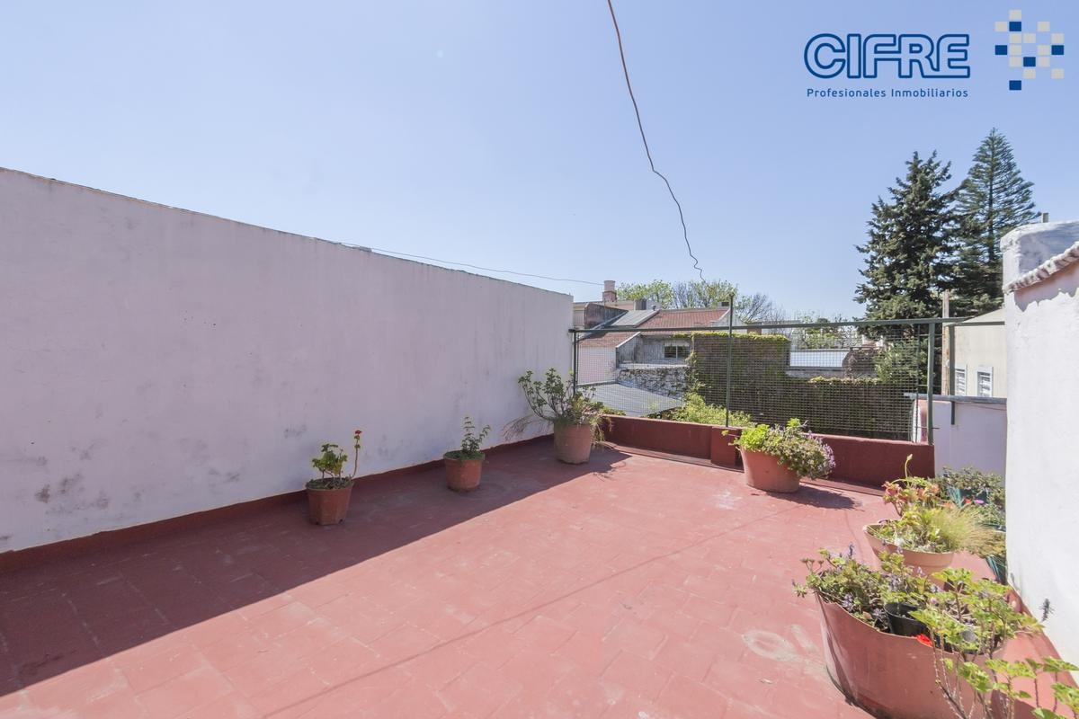 ph venta 3 ambientes patio lavadero separado y hermosa terraza con parrilla