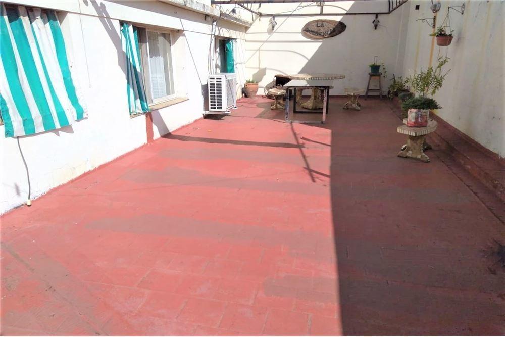 ph venta 4 amb c/patio y terraza saenz peña