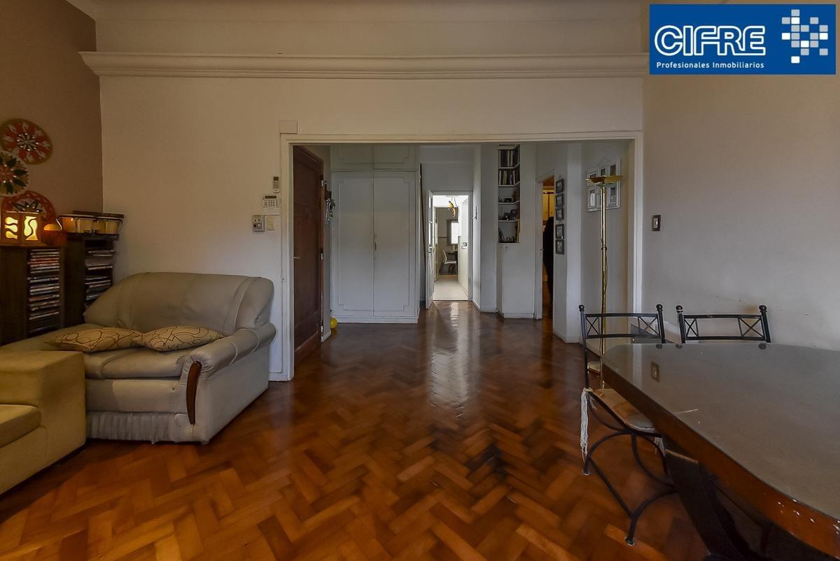 ph venta piso unico  de 3 ambientes con quincho y terraza de toda la propiedad