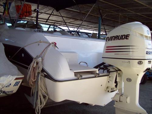 phantom 240 cabinada evinrude 225 hp injeçao 2004. caiera