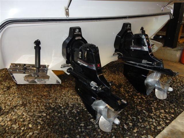 phantom 360 2010 2x mercruiser 4.2 qds - marina atlântica