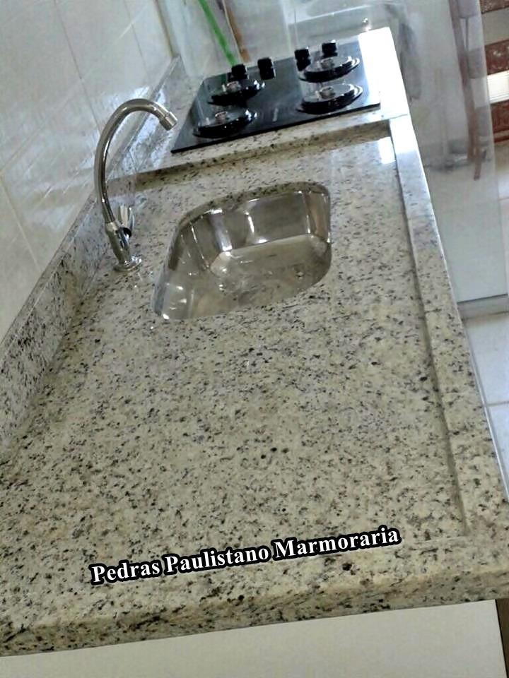 Pia de granito bancada cozinhas lavat rios branco for Tipos de encimeras de granito