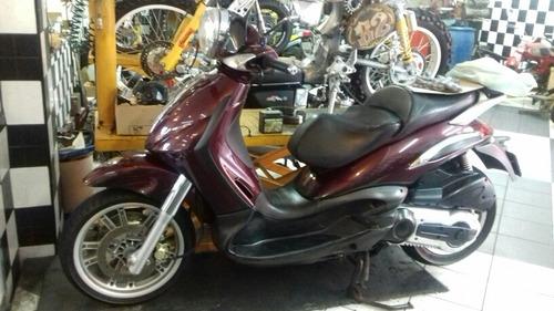 piággio  beverly 500 scooter