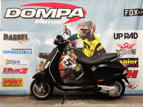 piaggio scooter motos