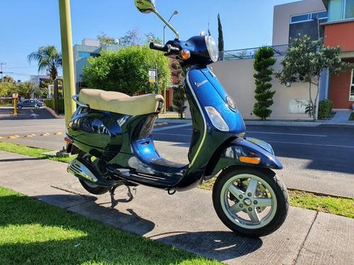 piaggio  vespa lx 150 scooter azul 2011 único dueño