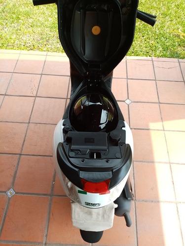 piaggio zip 50 2t impecable :como nueva poco uso. ¡¡