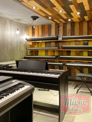piano digital korg lp180 con stand y 3 pedales