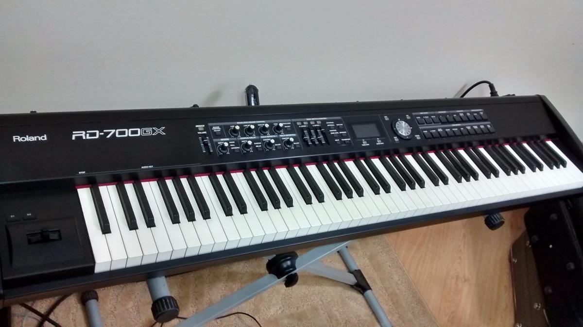 piano digital roland rd700gx teclado r em mercado livre. Black Bedroom Furniture Sets. Home Design Ideas