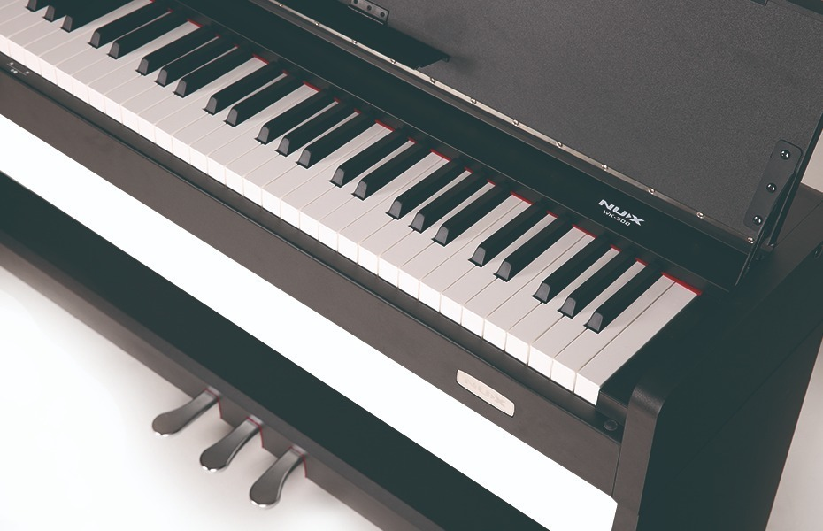 Piano Eléctrico Con Mueble Nux Wk310 - $ 36.000,00 en Mercado Libre