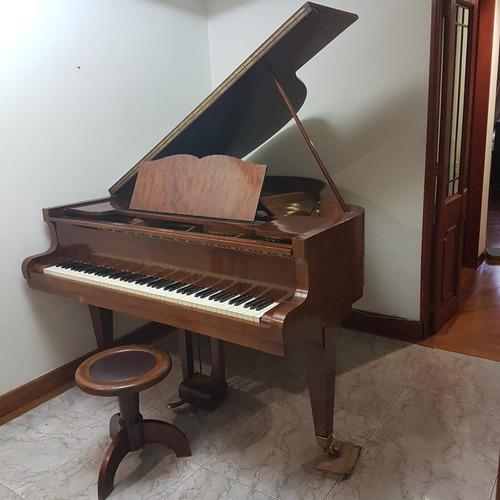 piano parisino de1/4 de cola marca gaveau