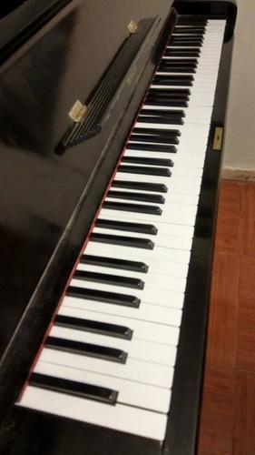 piano vertical bartohol