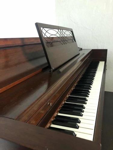 piano vertical hammond