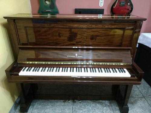 piano vertical marca steinway & sons hecho en alemania