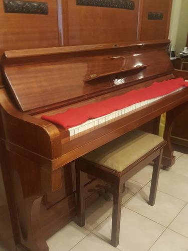 piano vertical max dreyer. muy bueno.