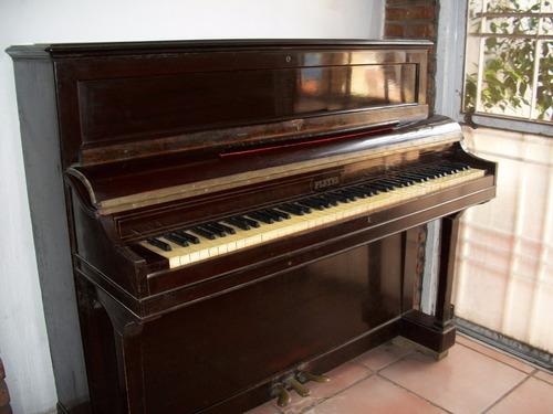 piano  vertical pleyel .