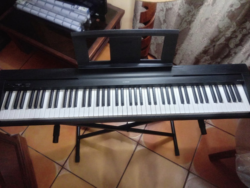 piano yamaha p-45 (con stand y estuche)