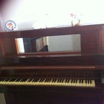 Piano Antiguo De Coleccion