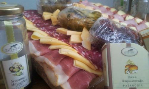 picadas, tabla de fiambres y quesos sabores del mediterraneo