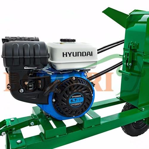 picadora de forraje mod. 2000 con motor hyundai 6.7 h.p.