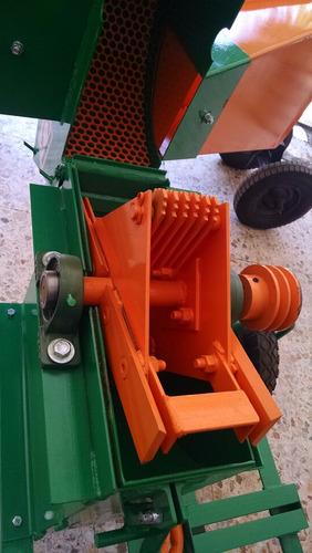 picadora de forrajes y granos bomeri inova super tolva