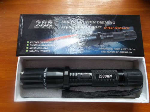 picana eléctrica linterna zz288 20000kv p/ defensa personal.
