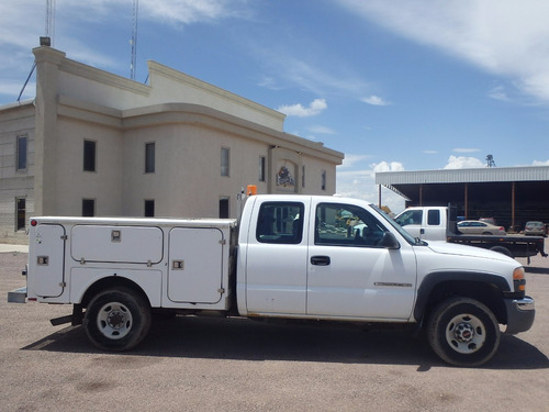 pick up camion gmc con cajones para herramienta para manteni