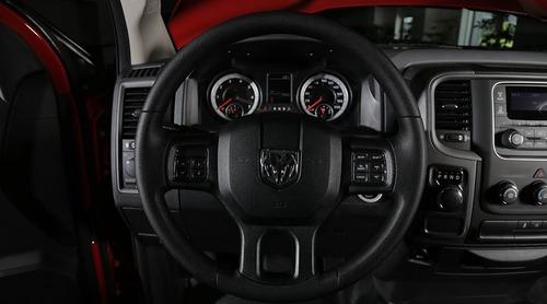 pickup ram 1500 st reg cab 4x4 v6 bolsas ac abs esc 2018 rhc
