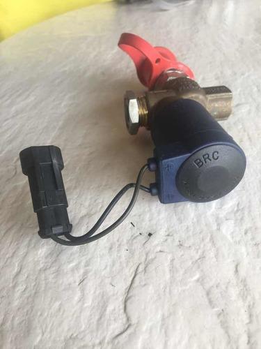 pico o válvula de llenado gas ford fiesta