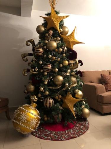 pie de arbol rojo precioso  navideño $790.00