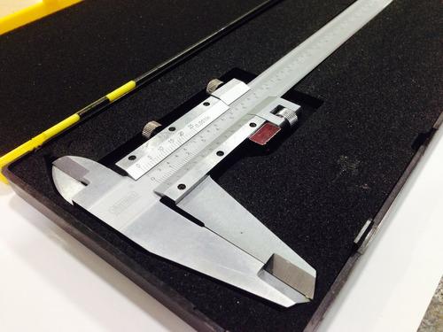 pie de metro 12  (300mm) análogo profesional / ferrmax