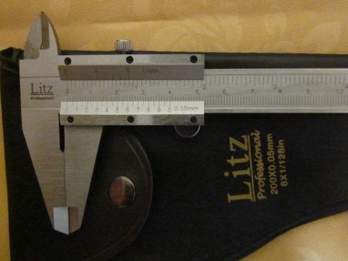 pie de metro  200mm ( 8 pulgadas )